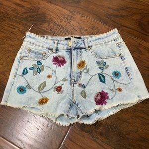 Aeropostal denim short